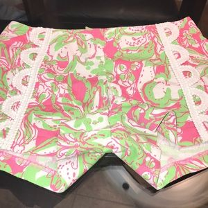 Lilly Pulitzer Shorts Women's